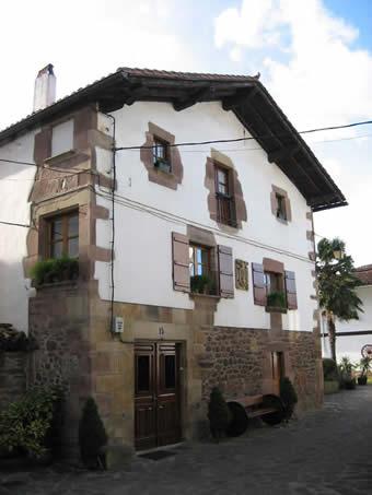 Atlas bertizaranavalle for Casa puntos pamplona